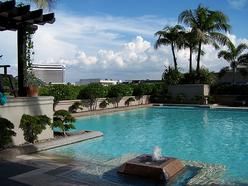 Shangri La Hotel Website